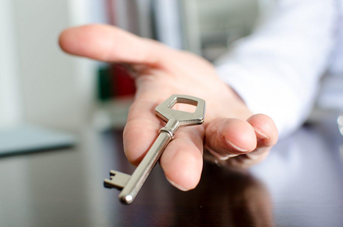 Vente immobiliere : demande du secours auprès d'un notaire