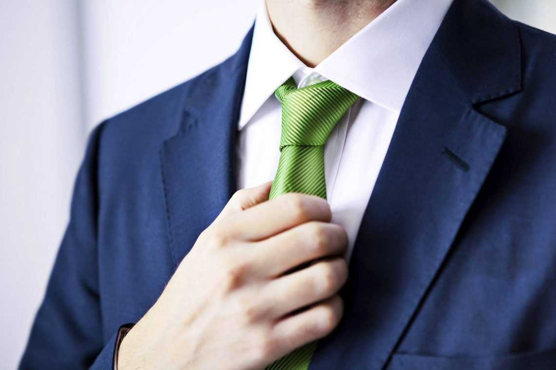 Noeud de cravate, je vous donne ma technique