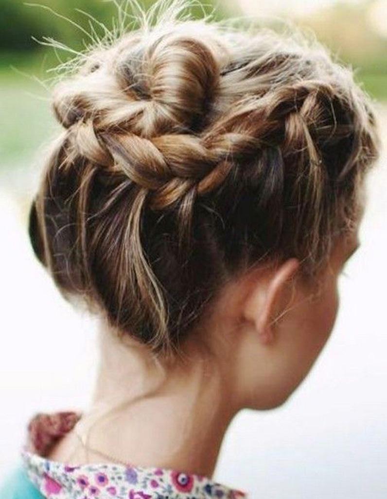 Comment faire une coiffure simple et rapide ?